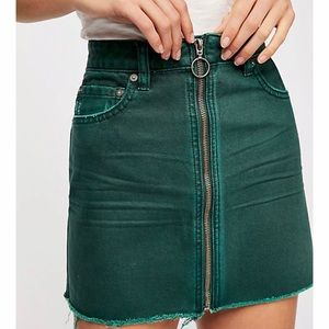 [Free People] NWT Forest green zip miniskirt